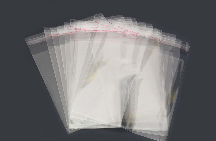Пакет с липкой лентой